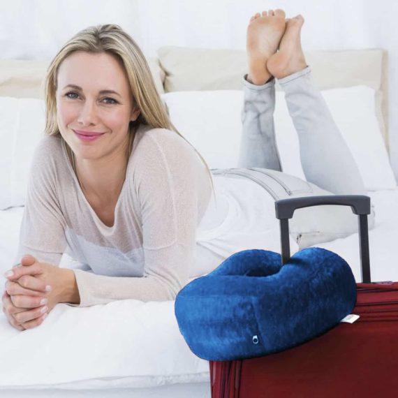 blue-travel-pillow-luggae