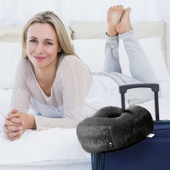travel-pillow-with-luggage
